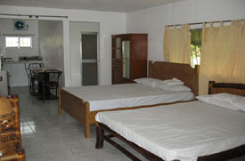 Room at Angeles City Flying Club