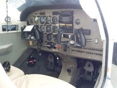 Piper Archer III cockpit